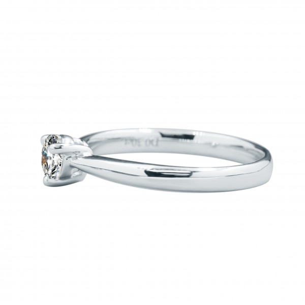 0.30CT Round Brilliant 3 Prongs Diamond Ring