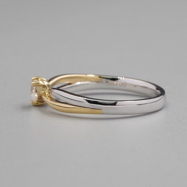 0.15CT Heart Shape Bi-Color Twist Diamond Ring