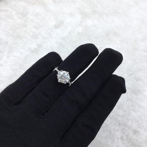 (PFDDRTPSECT1102) 18K Gold Women Diamond Ring